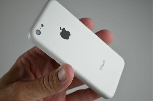 นักวิเคราะห์เชื่อ iPhone 5C (ไอโฟน 5C) ช่วยกระตุ้นยอดขาย iPhone ในจีน คาดราคาไม่เกิน 15,000 บาท