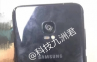 Samsung Galaxy Note 8 หลุดภาพแผงหน้าจอและฝาหลัง พบมาพร้อมจอไร้ขอบไซส์ใหญ่ขึ้น และไร้ปุ่มสแกนลายนิ้วมือ!
