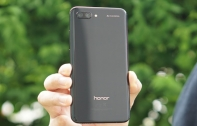 [รีวิว] Honor 10 มือถือน้องใหม่ดีไซน์สวยแบบไล่เฉดสี พร้อมสเปกระดับท็อป, กล้องคู่ AI 24MP และ ROM เยอะจุใจ 128 GB ในราคาเพียง 13,990 บาท