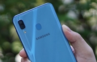 [รีวิว] Samsung Galaxy A30 มือถือกล้องคู่รุ่นสุดคุ้ม ด้วยชิปเซ็ต Exynos 7904, RAM 4 GB และกล้องคู่ 16MP พร้อมเลนส์มุมกว้าง บนดีไซน์ Infinity-U จอใหญ่ไร้ขอบทรงหยดน้ำ 6.4 นิ้ว เคาะราคาที่ 7,290 บาท