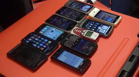 iphone-4-meeting-13